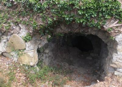 immagine-ingresso-fontana-medioevale-tovo-faraldi